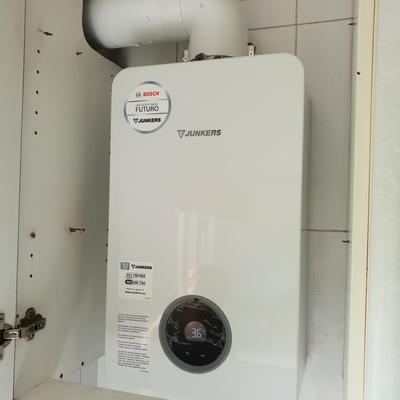 Calentador estanco hydronext 12l.