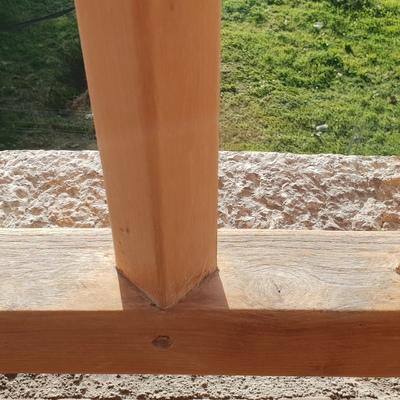Barandilla de madera decapada