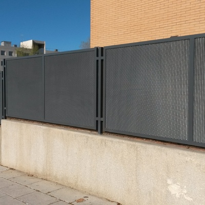 Montaje de valla exterior