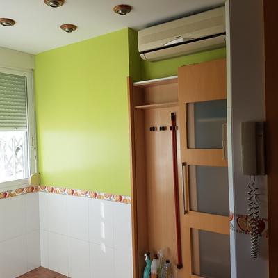 Esmalte acrílico en verde pistacho