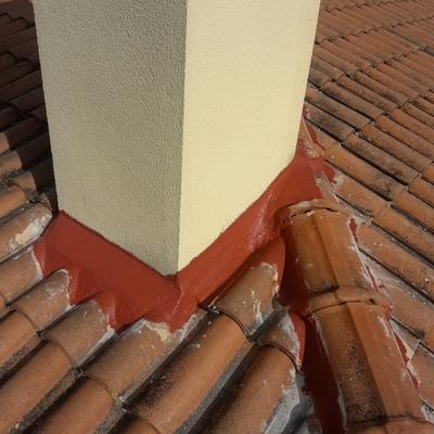 Reparacion de los remates de chimenea y impermeabilizacion.