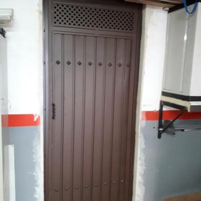 Puerta para bodega