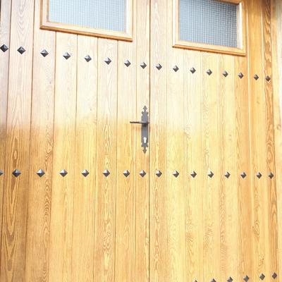 Puerta maciza