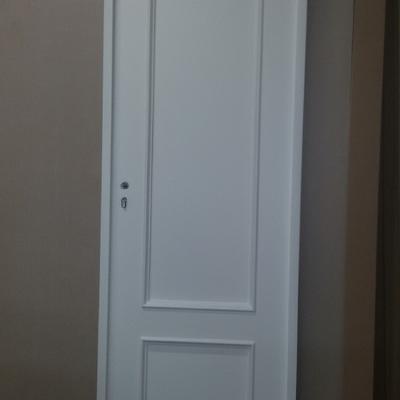 puerta de roble lacada