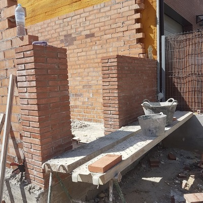 Construcción de 2 casas unifamiliares