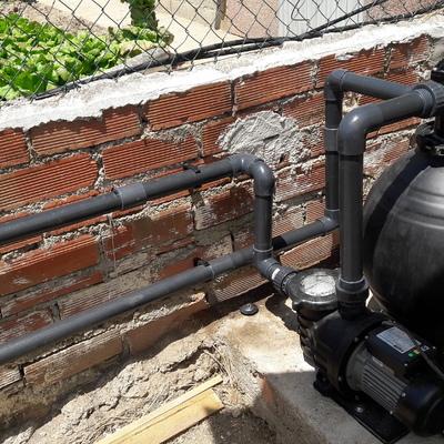 montaje  depuradora y bomba de agua