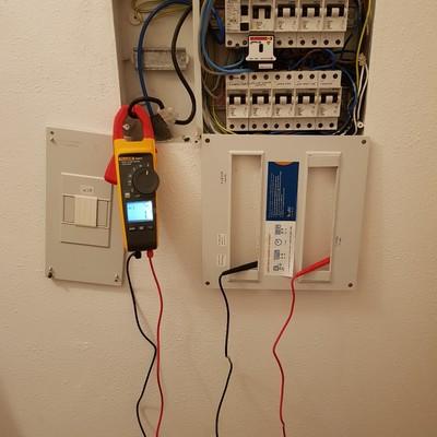 Monitorización eléctrica y calibración en vivienda unifamiliar