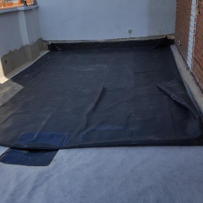 Impermeabilización de terraza con lámina de caucho (EPDM)