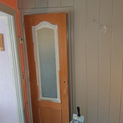 Restauración puertas í paredes en madera