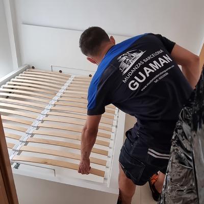 Desmonta y montaje de la cama.