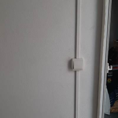 puntos de enchufe e interruptor por canaleta