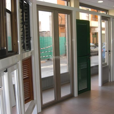Carpintería Aluminio, Carpintería P.v.c., Persianas