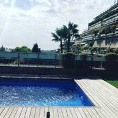 Mantenimiento de jardín y piscina particular