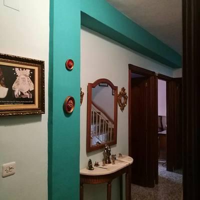 Pintura en pasillo recibidor