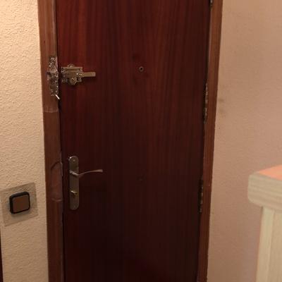 Arreglo de puerta principal