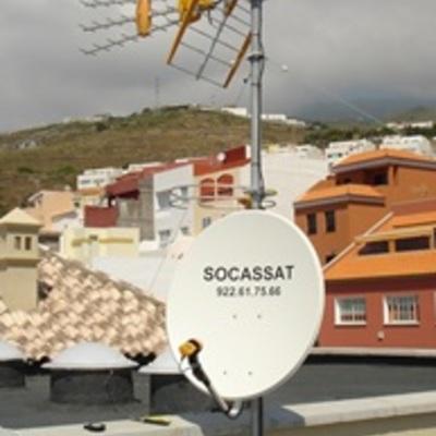 Instalación de equipos de radiodifusión y televisión terrestre y satélite