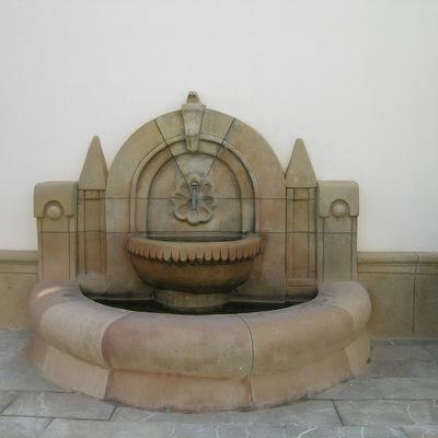 fuente ornamental realizada in situ