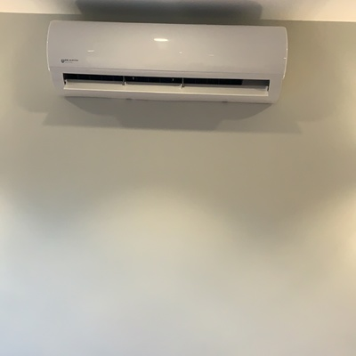 Aire acondicionado tipo split Eas Electric Jonsons