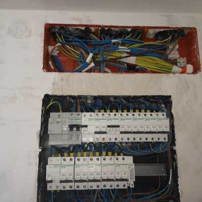 trabajo instalación eléctrica