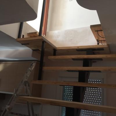 Escaleras de madera( terminada)
