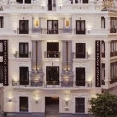 Hotel Petit Palce