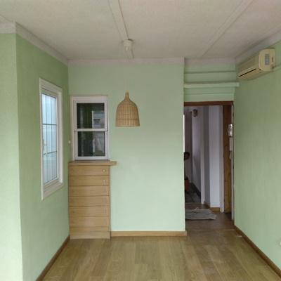 Proyectado corcho interior piso