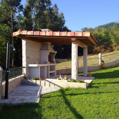 Construccion de barbacoa en Pontevedra