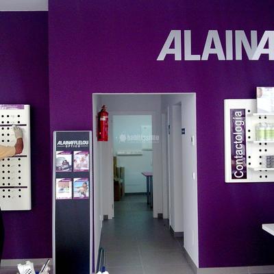 Proyecto y acondicionamiento de local destinado a óptica en Santiago