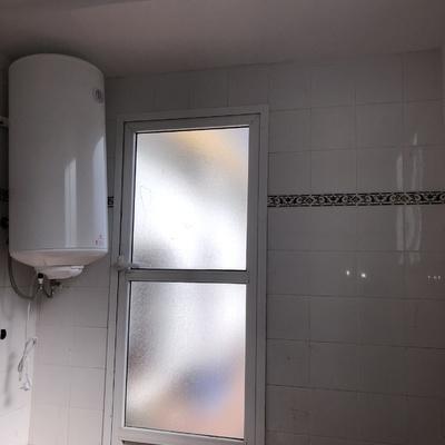 Techo de pladur y calentador de agua