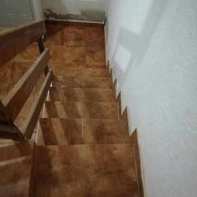 Escaleras de acceso a garaje (Despues)