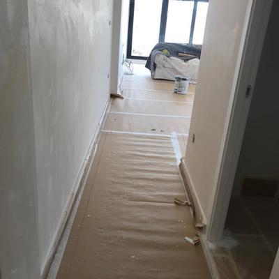 Preparado de de vivienda para luego ser pintada