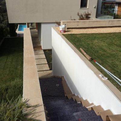 Pintura de escalera exterior