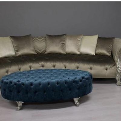 Retapizado de sofá y puf con capitone