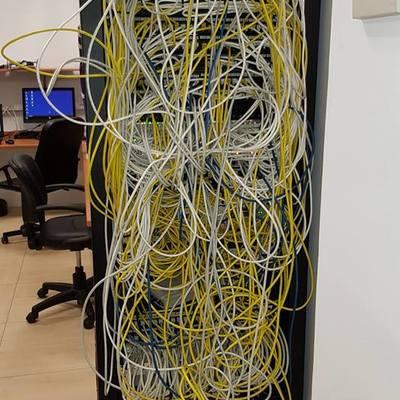 Rack desordenado
