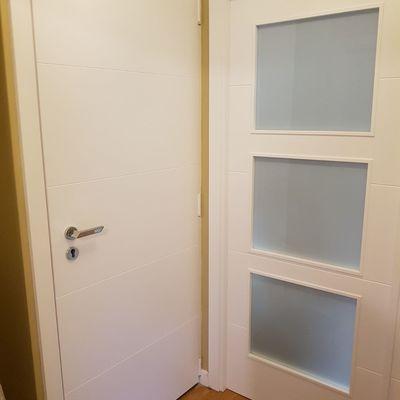Puertas en blanco