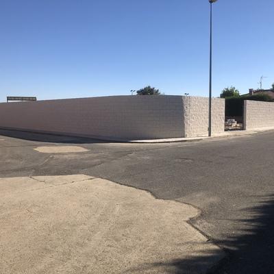 Construcción de Muro en Salamanca(El salinar)