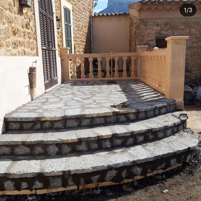 Terraza de foro de piedra