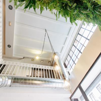 Reforma escalera restaurante