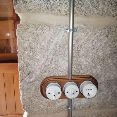 instalación eléctrica en vivienda rural a la vista
