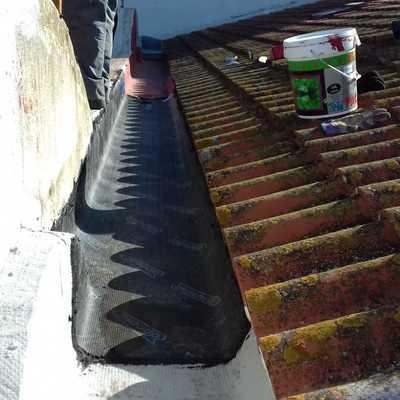 Reparacion gotera en tejado adosado ( Picanya )