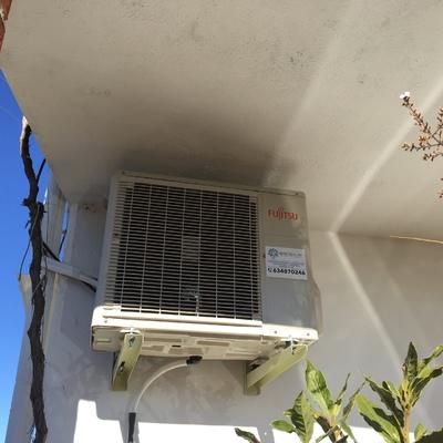 Instalación equipo de aire acondicionado con bomba de calor marca Fujitsu