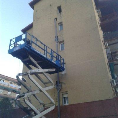 Cambiar los bajante del interior de los baños por fuera por la fachada Olesa de Monserat