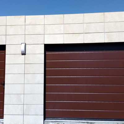 Puerta Seccional Personalizada