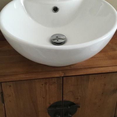 Instalación fontanería y lavabo con su mueble