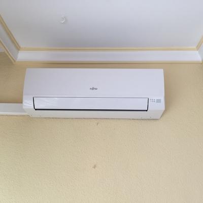 Instalación aire acondicionado tipo split marca Fujitsu