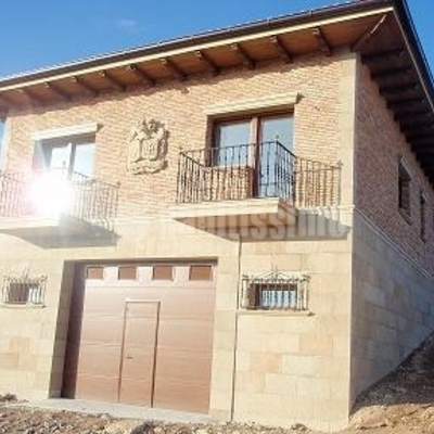 Construcción de unifamiliar en Oyón