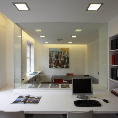 Detalle mobiliario oficinas