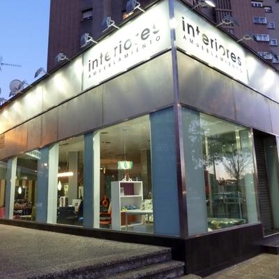 9- Fachada tienda muebles