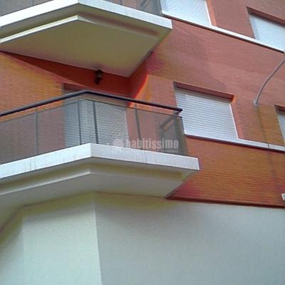 Barandas de balcón.