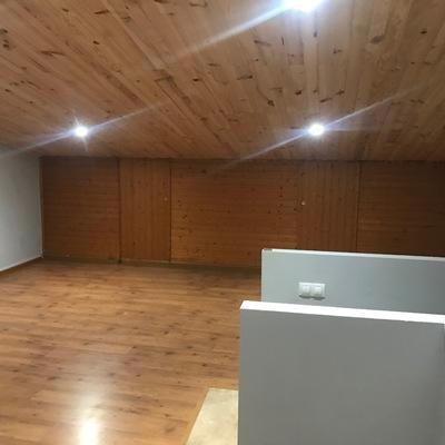 Iluminación en buhardilla e instalación de radiador.